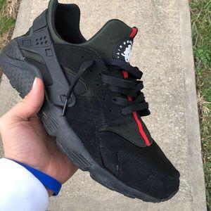 Nike Shoes   Nike Huarache Gucci Custom